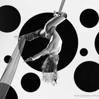 2018-02-27-Dominika-Krzymowska-203-bw-dots